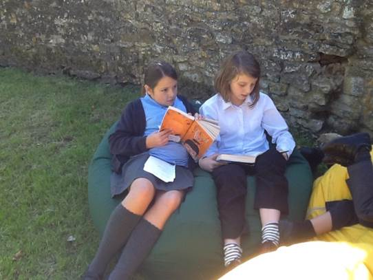 reading outdoor 2